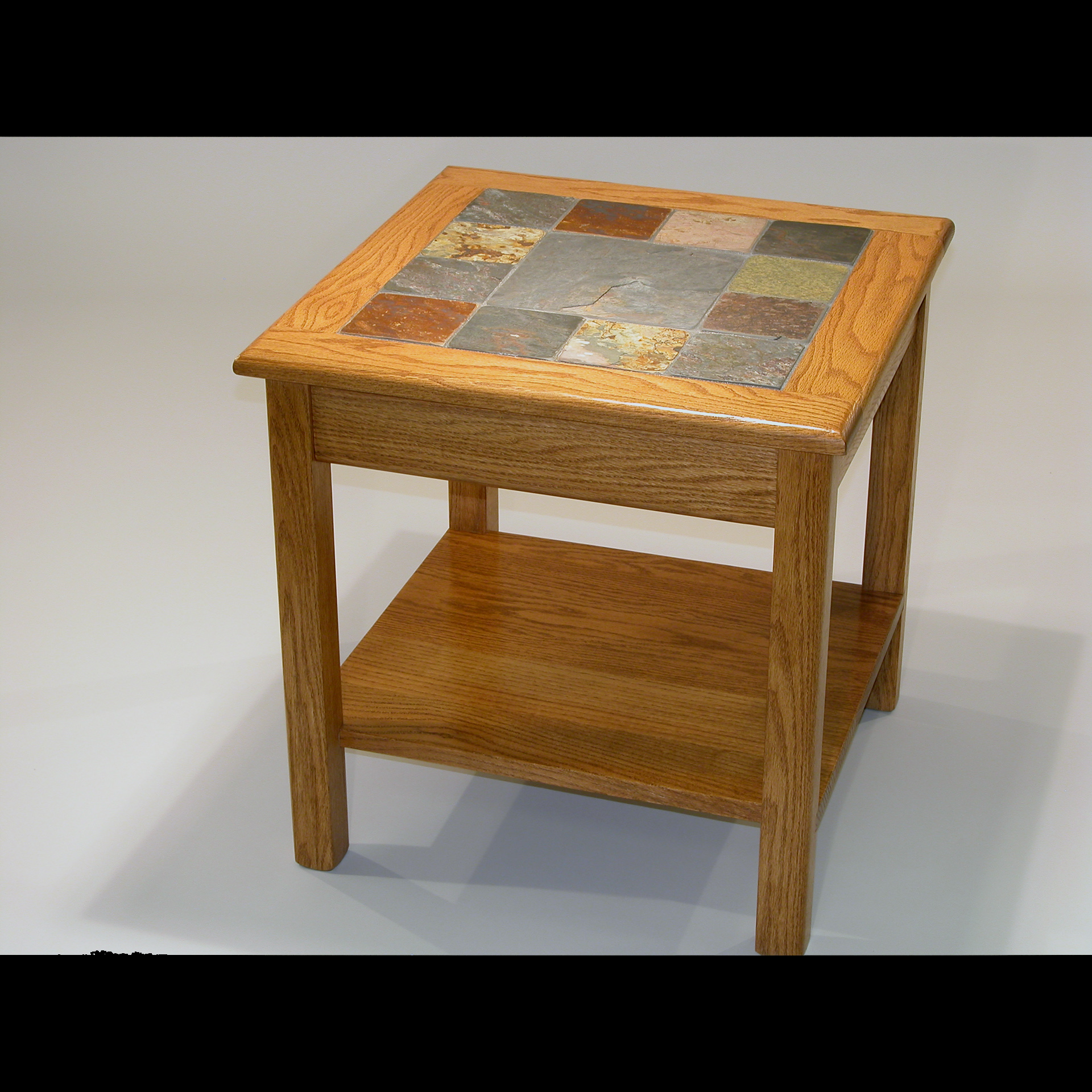 Red Oak Coffe Table With Bow Ends